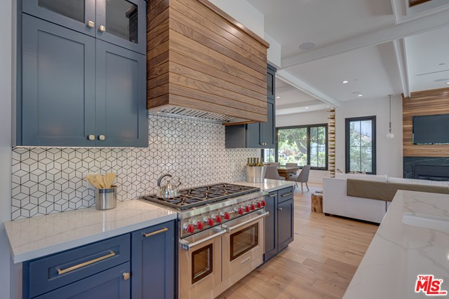 Photo of a kitchen in Santa Monica