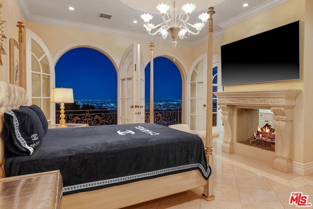 Bedroom in a $49,000,000 Beverly Hills home for sale