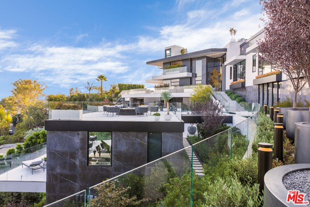 Facade in a $46,500,000 Beverly Hills home for sale