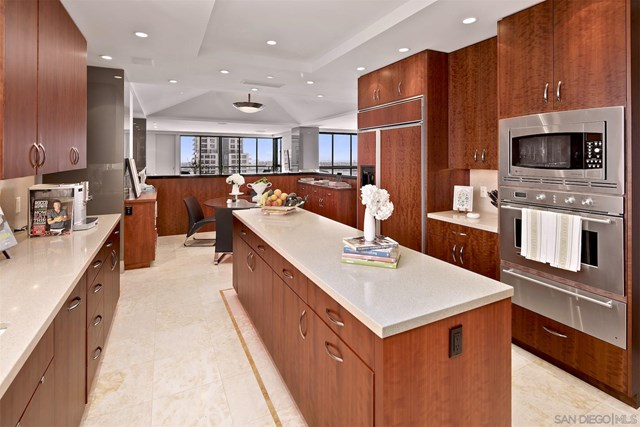 Kitchen in a $2,999,000 San Diego home for sale