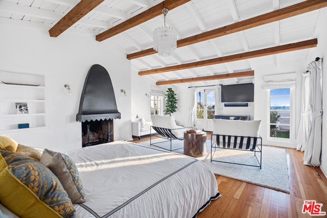 Bedroom in a $11,900,000 Santa Monica home for sale