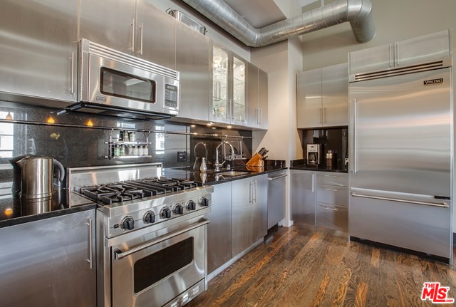 Kitchen in a $4,500,000 Los Angeles home for sale