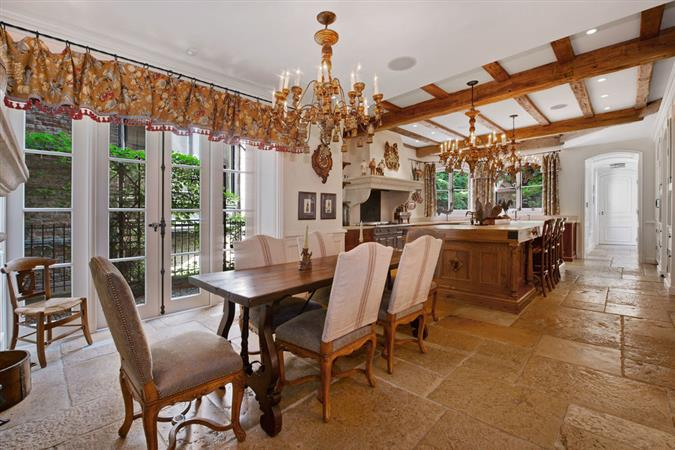 Dining room in a $9,350,000 Chicago home for sale