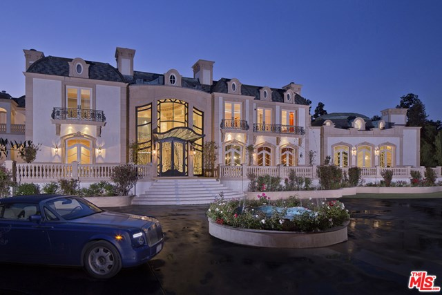 Facade in a $79,000,000 Beverly Hills home for sale