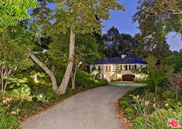 Backyard in a $59,500,000 Los Angeles home for sale