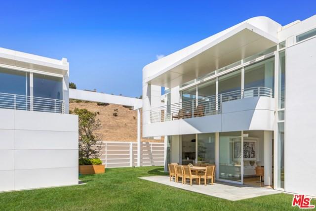 Facade in a $58,500,000 Malibu home for sale
