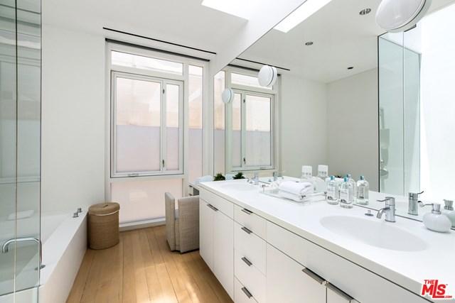 Bathroom in a $58,500,000 Malibu home for sale
