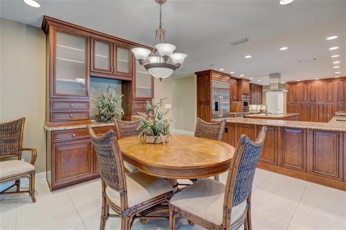 Dining room in a $1,995,000 Tampa home for sale