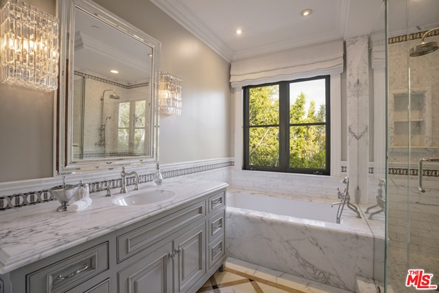 Bathroom in a $250,000 per month Beverly Hills home for rent