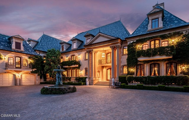 Facade in a $28,000,000 Thousand Oaks home for sale