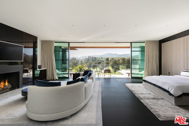Bedroom in a $90,000,000 Santa Monica home for sale