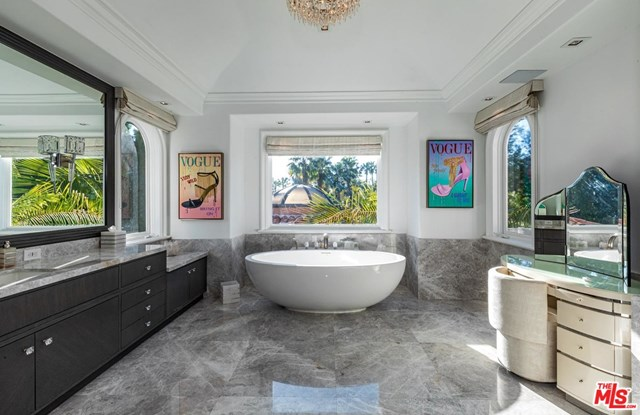 Bathroom in a $46,000,000 Los Angeles home for sale